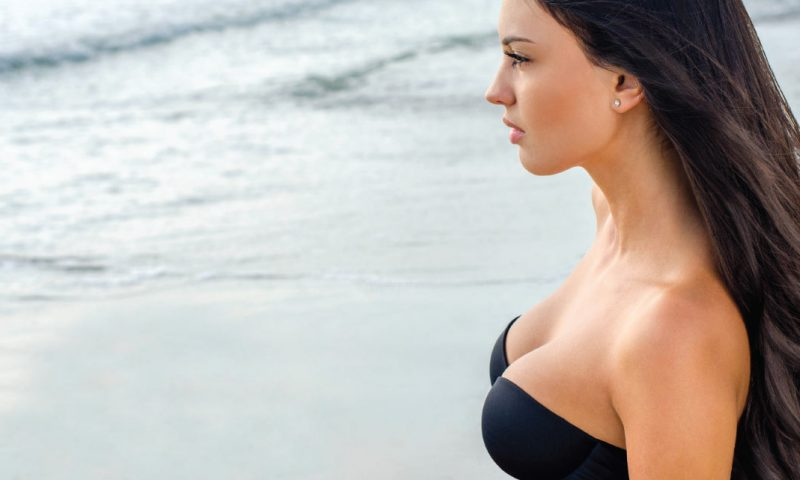 Breast Lift Vs Breast Augmentation: Which One Is The Right Choice For You?